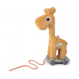 DONE BY DEER minkštas žaislas ant ratukų RAFFI MUSTARD
